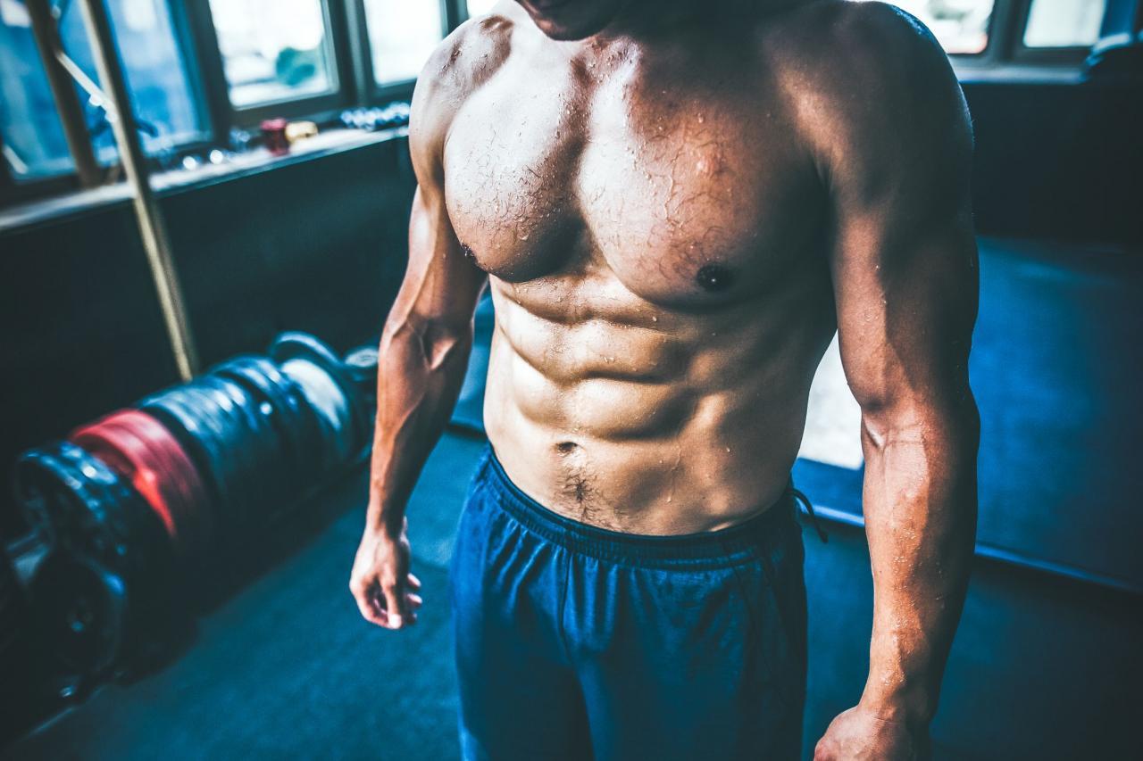 bodybuilders-abdominal-muscles-royalty-free-image-1037167856-1555704196.jpg (2121×1414)